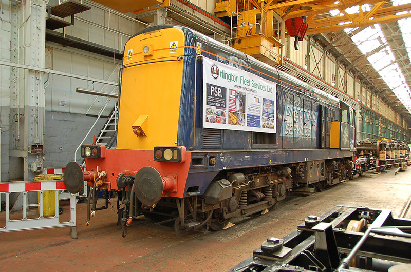 20309 taken from the bonnet end in Eastleigh works 23 May 2009. This one seems to have survived the recent cull of locomotives by DRS.