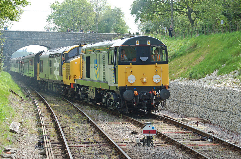 20096 & 37906 power into Harmans cross, during the Swanage gala 2008. <br /> 20096 has returned to the main line & 37906 is due to do the same in the near future.