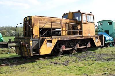 Thomas Hill 0-6-0DH 237v Long Marston 09/04/11.