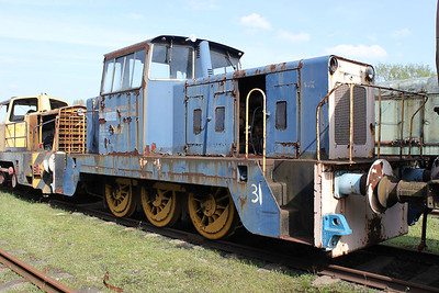 Hunslett Engine Co 0-6-0DH No7/6973 Long Marston 09/04/11.
