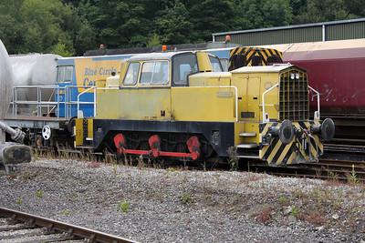 Sentinel 0-6-0DH 10156 'Derwent' at Hope Cement Works 30/07/11.