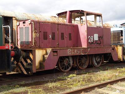 Hunslett Engine Co 0-6-0DH NCB No48/7279 Long Marston 18/09/10.