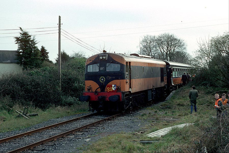 001 Crusheen(Ennis-Athenry) on 'Connaught Campaigner' Railtour 4th March 1989