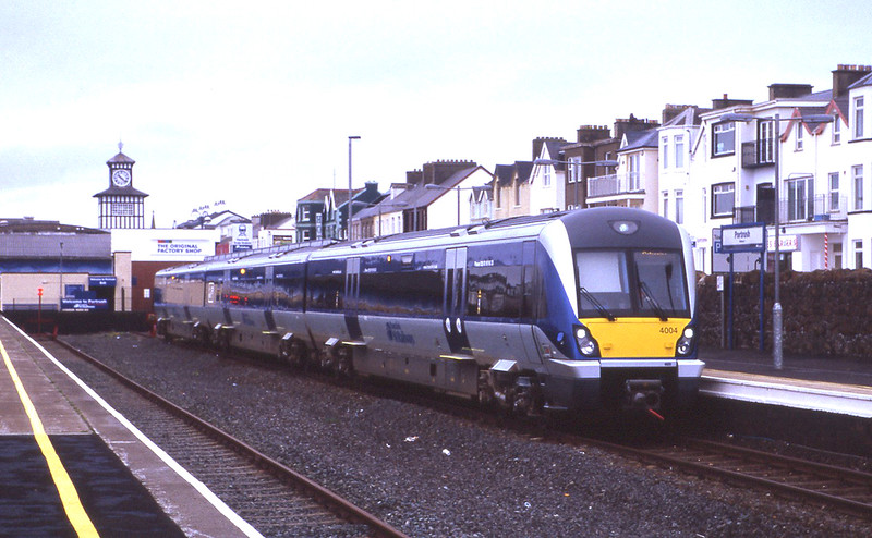 Northern Ireland:<br /> 4004 stands at Portrush ready to depart with the 10:25 to Coleraine, 16/11/2012.