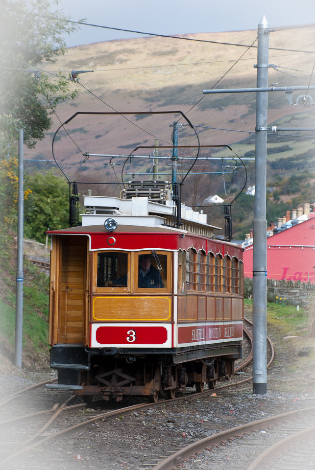 Ill fated tram 3 approaching Laxey