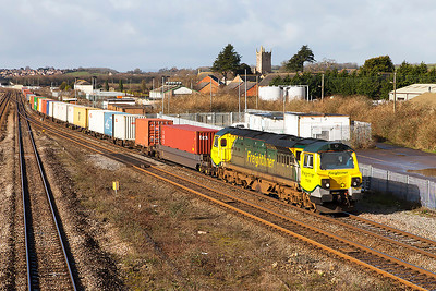 70008 heads the 4O51 09.58 Wentloog to Southampton Freightliner service past Severn Tunnel Junction. Friday 21st February 2014.