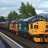 37025 and 37421 come to a stop in Kingussie with the 1Z39 returning Far North Explorer on 3rd June