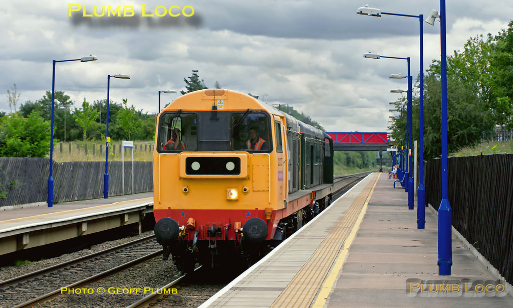 Class 20s Nos. 20227 and 20189 worked light engines as 0Z20, 13:00 from West Ruislip LUL Depot (where they are normally based) to Bescot, on Monday 20th June 2011. The pair are seen passing through Haddenham & Thame Parkway, running on time at 13:50. They were due to recess overnight at Bescot before continuing to Butterley, where 20227 was due to be dropped off, 20189 proceeding to Barrow Hill for attention to its bogies. Digital Image No. GMPI9496.