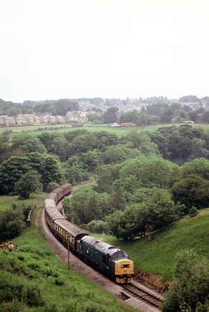 37214 heads for Oxhenhope with an mid afternoon train 19-06-05