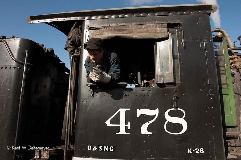 Engineer Joe Dailey on #478.
