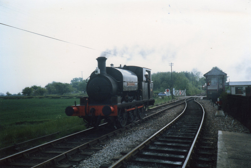 No 14 Charwelton running round at Hexham Bridge in May 87.