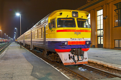 DMU DR1A-1871 stabled at Daugavpils waiting to form the early morning departure to Riga. Tuesday 8th April 2014.