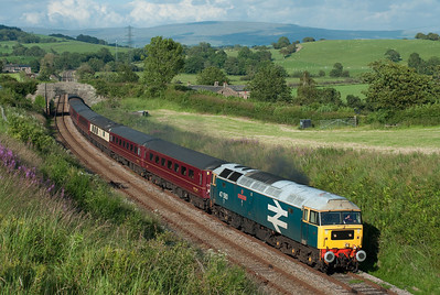 """47580 """"County of Essex"""" passes Keer Holme on empty stock from Norwich to Carnforth with 47851 on the rear 10/7/11."""