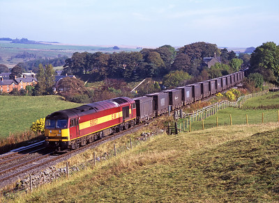 60027 passes Gilsland with a diverted gypsum train bound for Newbiggin 6/10/07.