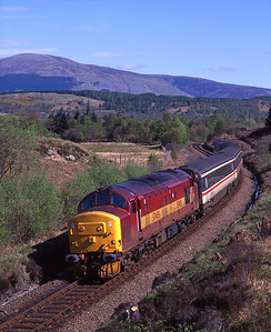 The Euston-Fort William sleeper passes Torlundy hauled by 37405 on 12/5/98
