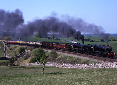 48773 & 45407 pass Waitby with a Cumbrian Mountain Express on Mayday 3/5/99.