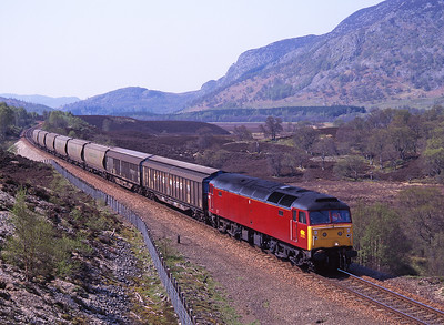 47627 passes Ralia on 13/5/98 with a northbound freight.