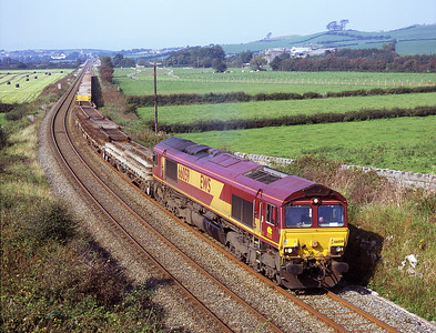 66059 passes Wyke Farm with a Sunday engineers train 21/9/08