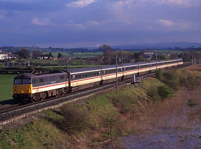 """87017 """"Iron Duke"""" passes Holme with a Euston-Glasgow service on 7/4/98."""