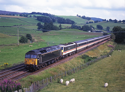 47712 hauls 1S63 including 90006 at Closeburn on 2/8/98.