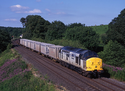 37800 passes Milton with Hoya containers on Sunday 11/7/99.