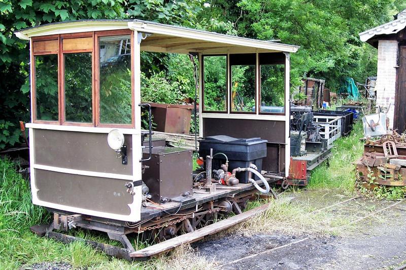 2 4wDER Railcar - Launceston Steam Railway 04.01.04 Tim Dunn