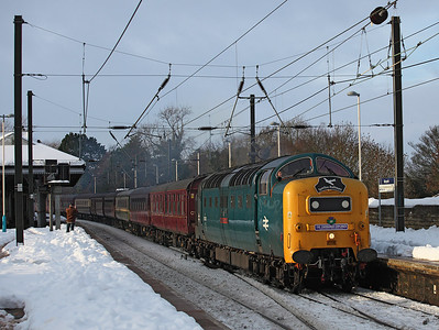 55022 Passes through Morpeth with 1Z30 Preston - Dundee<br /> 4/12/2010