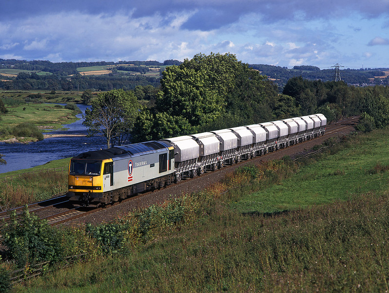 60058 on 6M46 Redcar to Hardendale lime empties Nr Hexham<br /> 13/9/1997