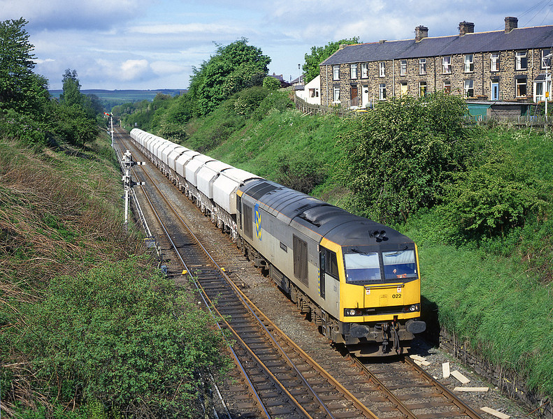 60022 At Haltwhistle with a Hardendale to Redcar working<br /> 22/5/1993