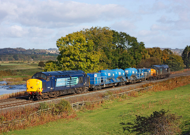 37603 + 37038 on 3S10 the 05.52hrs Carlisle DRS to Carlisle DRS on route to Carlisle on RHTT from Nunthorpe seen Nr Hexham<br /> 16/10/2009
