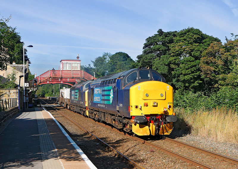 37419 + 37682 pass Wylam on  6E44 the 07.41hrs Carlisle DRS to Seaton Neucular flask train 	<br /> 31/07/2012
