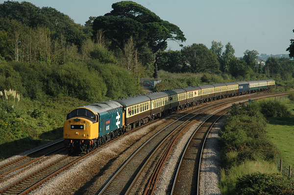 40145 heads for Newton Abbot, passed Aller Divergence with 1Z56 1615 Kingswear - Banbury railtour 08-09-07.