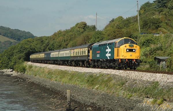 40145 drifts down to Kingswear on the final leg of the journey to Kingswear 08-09-07 with 1Z55 0639 Banbury - Kingswear, the train is seen passing Britannia Crossing