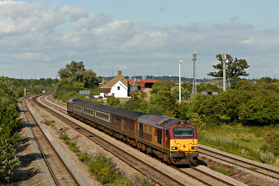 67025 + 67005 2U24 1616 Taunton - Cardiff Central 1819, Undy
