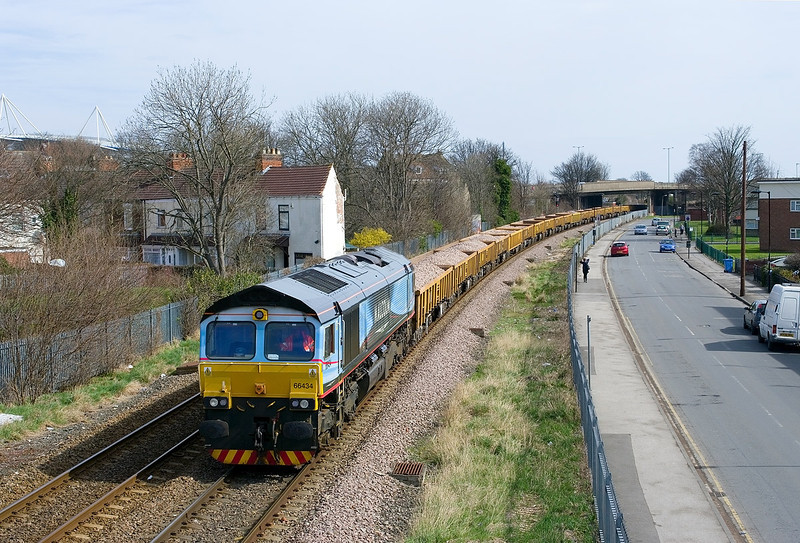 66434 passes Selby Street, Hull at 11:19 on Sunday 14th April 2013 with the 6Z67 JNA Ballast boxes to be returned to Doncaster Up Decoy. With a booked departure of 18:30, there would be a long wait for further movement. 20302 and 20304 are attached to the rear.