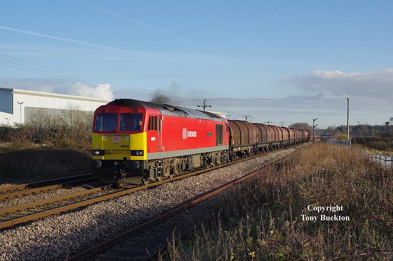 60019 passes Lowfield Lane, Melton, with the 6J94 12:25 Hedon Road Sidings - Rotherham Masborough steel hoods on Thursday 5th January 2017.