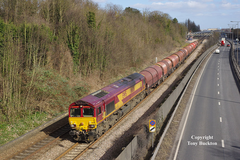 66136 passes Hessle at 13:10 on Tues 10th March 2015 with the 12:25 Hedon Road Sidings - Masborough.