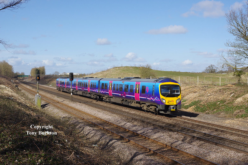 185134 approaches Ferriby with the 1K06 08:41 Manchester Piccadilly - Hull on Friday 27th March 2015.
