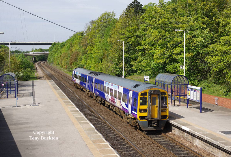 158909 arrives at Hessle at 10:41 on BH Monday 5th May 2014 with the 2C20 09:52 Doncaster - Hull.