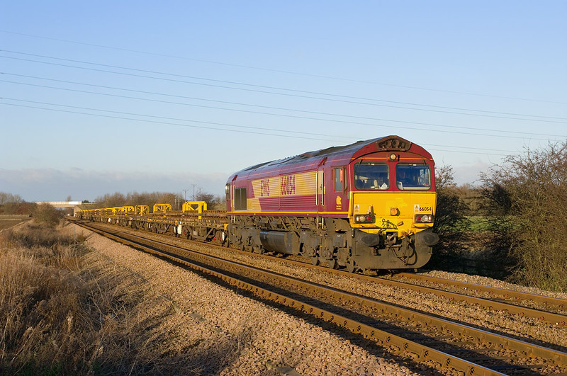 66054 Heads South from Beverley near Dunswell Lane, Cottingham at 14:22 on Sunday 9th December 2012 with the 6T59 14:50 to Doncaster Up Decoy.
