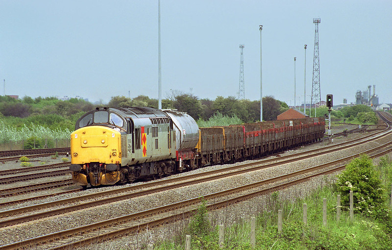 37185 Stands in Hessle Speedlink Yard on the afternoon of June 5th 1991, with the 6D85 Hull - Doncaster Speedlink. This was the last time I photographed this working, as the complete withdrawal of Speedlink services was implemented on July 8th.