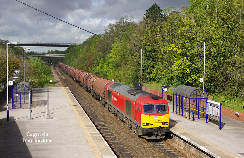 60079 passes Hessle at 09:03 on Wednesday 6th May 2015 with the 07:31 Rotherham Masborough - Hedon Rd Sidings steel hoods.