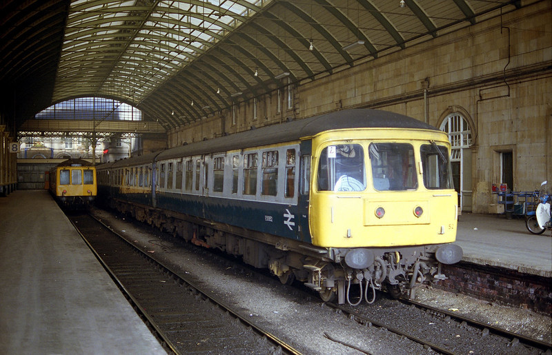 Class 124 Trans-Pennine unit E51952 stands at Hull Paragon at aprox 18:00 on Sunday May 13th 1984. The following day, the summer timetable was implemented, which saw the introduction of class 31/4's and stock on all of the services previously worked by the Trans-Pennine sets, resulting in the mass withdrawal of these classic units.