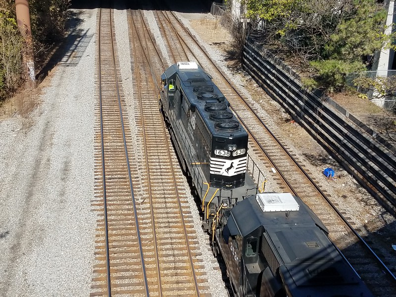 NS G35-07 Doraville, GA - East Point, GA turn<br /> NS 1638 SD40-2<br /> NS 3530 SD40-2