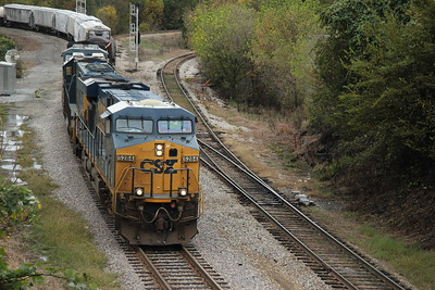 Q610-05 [Manifest; New Orleans, LA-Greenwood, SC]  CSXT 5285 (ES44DC) CSXT 8568 (SD50) CSXT 589 (AC4400CW) 34 cars general freight. Old Way to Main at CSX Huff Rd, Atlanta, GA.
