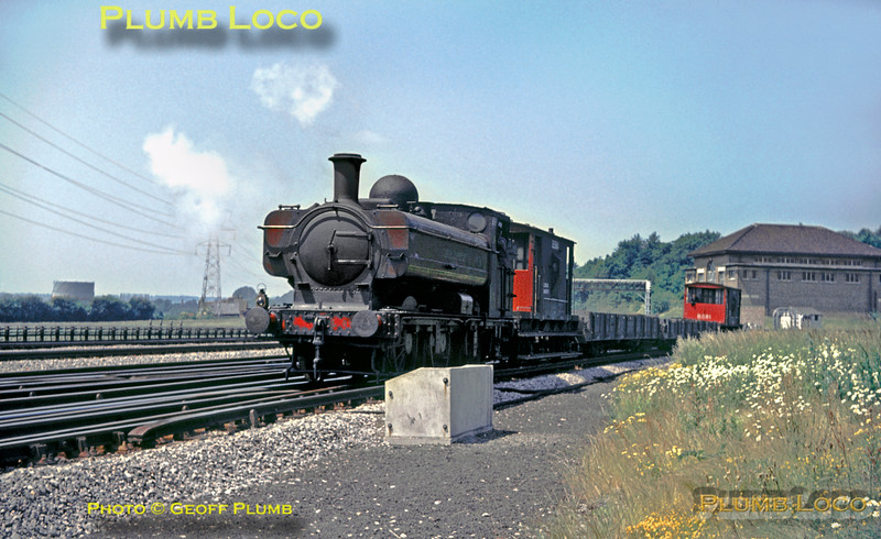 L89, Watford South Junction, June 1967