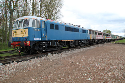 86233 leads the line up of stored Loco's  05/05/12.