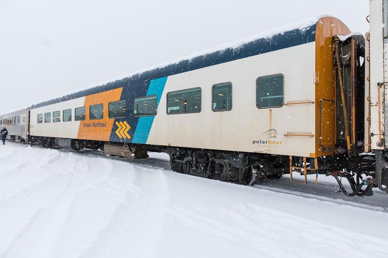 Coach 852 in Cochrane.