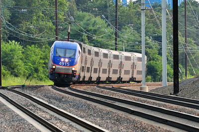 First up, MARC 438, the super-express to BWI screams up track 2 approaching Odenton.