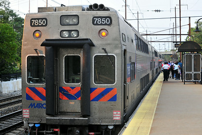 MARC 544 prepares to depart Odenton after dumping a few hundred commuters off on the platform